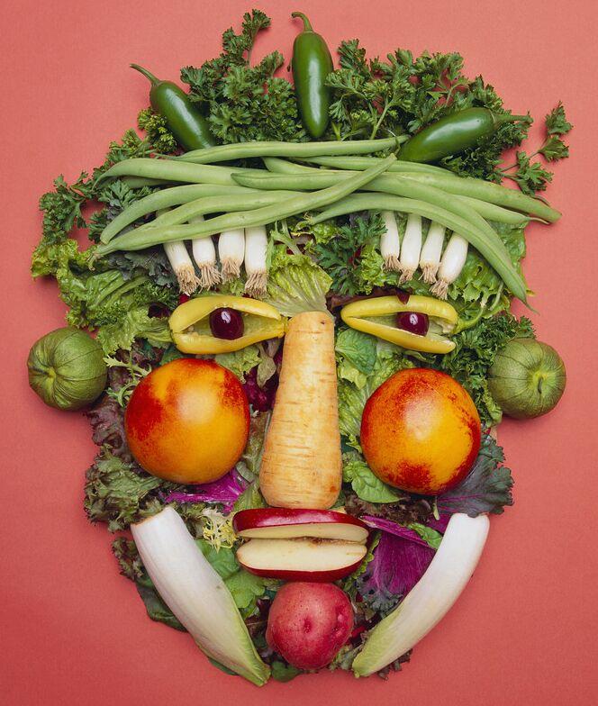 Качество питания определяет соответствие потребляемой пищи существующей в кишечнике флоре. Чтобы понять, как правильно питаться, нужно научиться слушать подсказки своего организма. Станислав Милевич